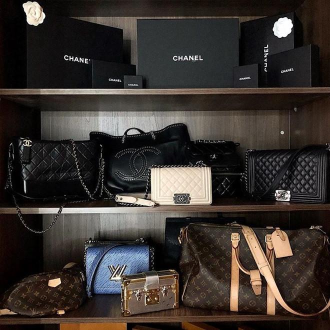 Choáng với tủ đồ toàn hàng hiệu tiền tỷ của Hoa hậu Kỳ Duyên - Ảnh 2