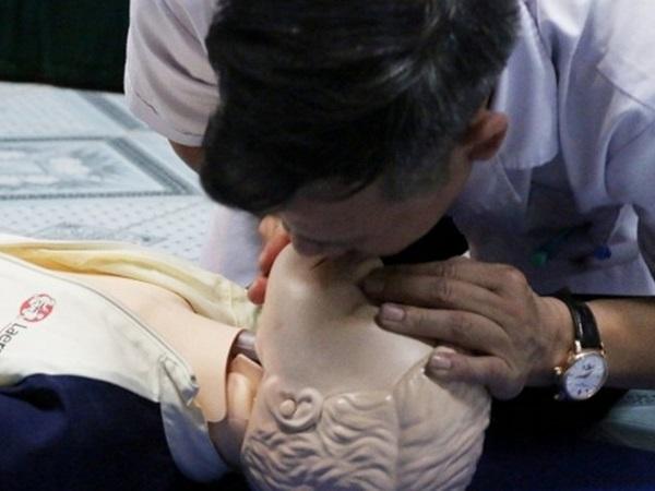 Những kỹ năng cần 'bỏ túi' về sơ cứu trẻ bị đuối nước