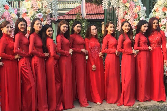 Những chi tiết siêu độc và lạ chỉ xuất hiện trong đám cưới 'công chúa' Lâm Khánh Chi - Ảnh 7