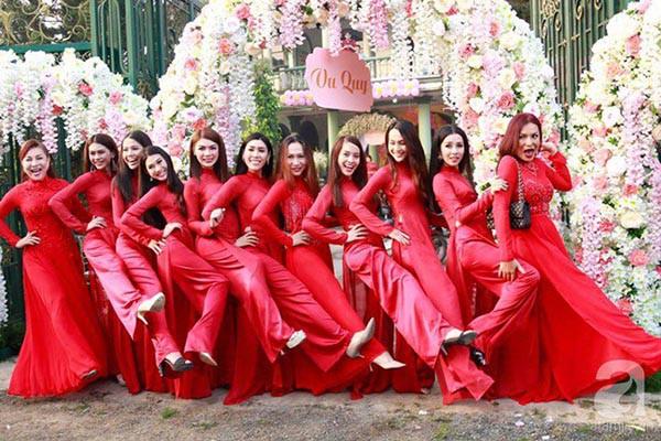 Những chi tiết siêu độc và lạ chỉ xuất hiện trong đám cưới 'công chúa' Lâm Khánh Chi - Ảnh 8