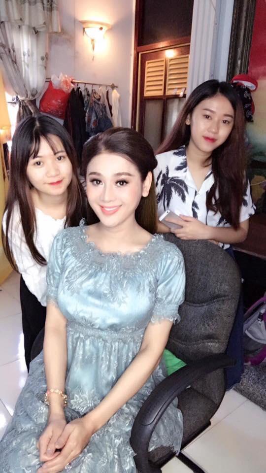 Những chi tiết siêu độc và lạ chỉ xuất hiện trong đám cưới 'công chúa' Lâm Khánh Chi - Ảnh 13