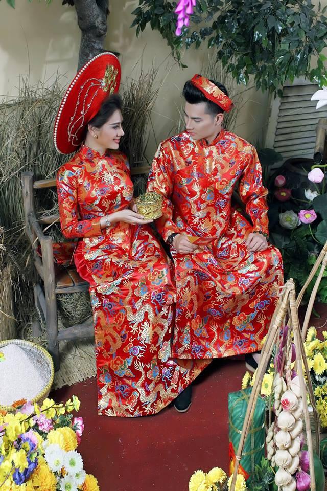 Vợ chồng Lâm Khánh Chi đón Tết hoành tráng với bộ ảnh chào xuân độc và lạ - Ảnh 6