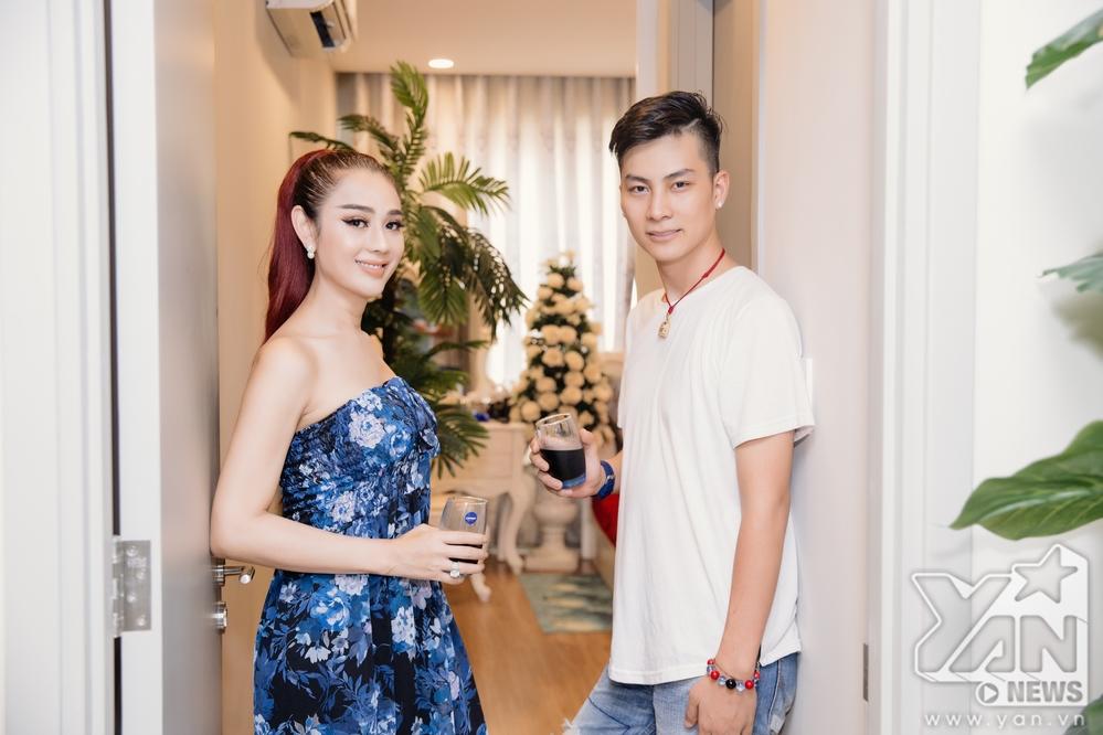 Ăn 'gạch đá' vì quát chồng trên truyền hình, Lâm Khánh Chi vẫn bình thản khoe cuộc sống hạnh phúc trong căn hộ tiền tỷ - Ảnh 5
