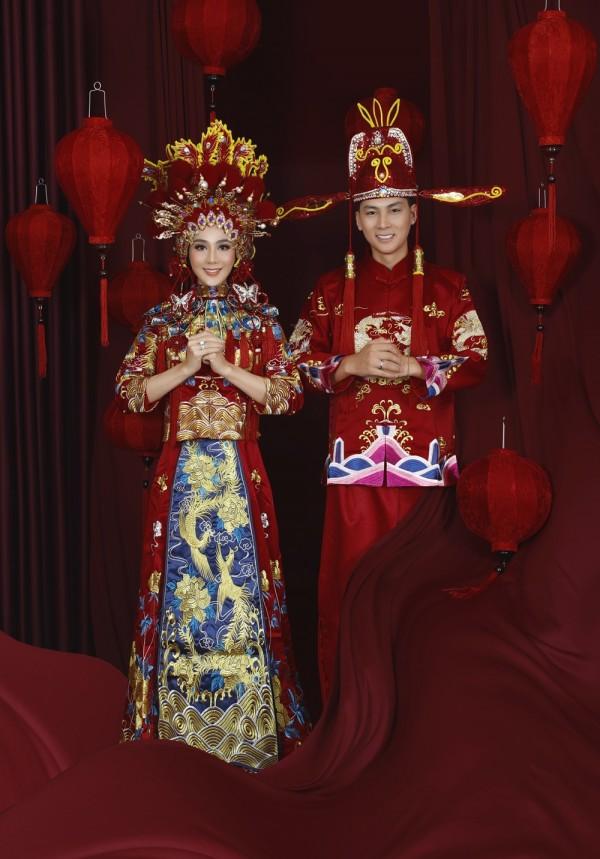 Lâm Khánh Chi tổ chức kỷ niệm ngày cưới cực khủng, mời 300 khách dù năm ngoái lỗ sấp mặt - Ảnh 1