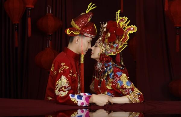 Lâm Khánh Chi tổ chức kỷ niệm ngày cưới cực khủng, mời 300 khách dù năm ngoái lỗ sấp mặt - Ảnh 7
