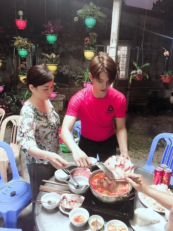 Linh Chi tiết lộ Lâm Vinh Hải được nhà vợ cưng chiều hết mực, dân mạng nói: 'Cứ chờ xem!' - Ảnh 2
