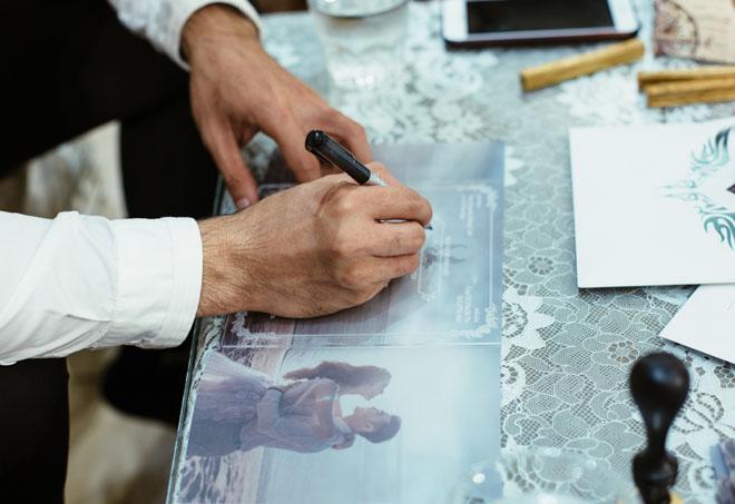 Lộ thiệp cưới cực sang trọng và tốn kém của Ưng Hoàng Phúc và người mẫu Kim Cương - Ảnh 3