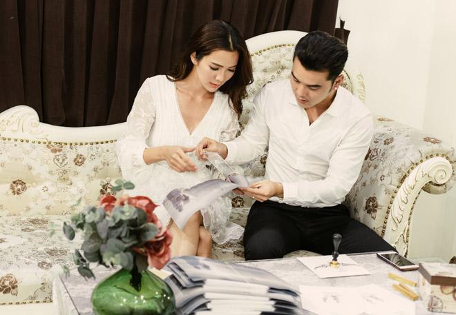 Lộ thiệp cưới cực sang trọng và tốn kém của Ưng Hoàng Phúc và người mẫu Kim Cương - Ảnh 7