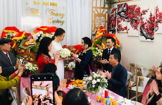 Mẹ Cường Đô la cưng chiều Đàm Thu Trang, tặng nhẫn đắt đỏ trong ngày đám hỏi - Ảnh 1