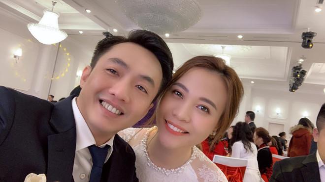Mẹ Cường Đô la cưng chiều Đàm Thu Trang, tặng nhẫn đắt đỏ trong ngày đám hỏi - Ảnh 5