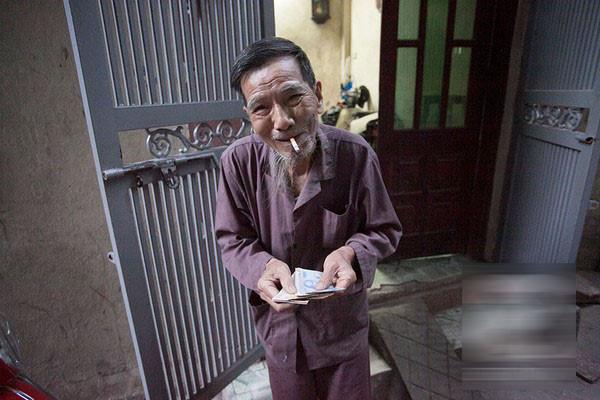 Không hề có chuyện nghệ sĩ Trần Hạnh phải bán mũ bảo hiểm mưu sinh: 'Đừng vội tỏ lòng thương hại' - Ảnh 2