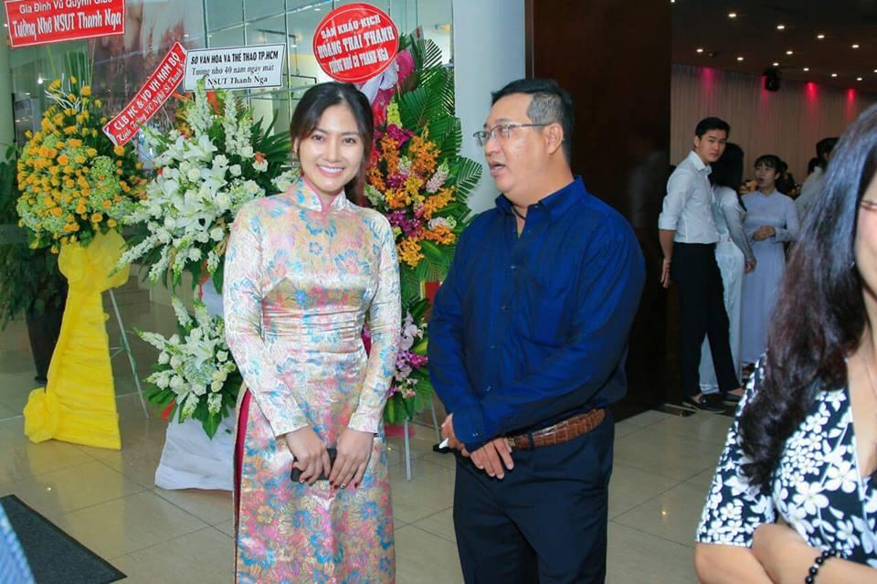 Ngọc Lan nghẹn ngào trong đám giỗ vợ chồng cố nghệ sĩ Thanh Nga - Ảnh 6