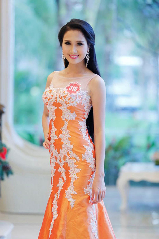 Cận cảnh nhan sắc 'Hà Hoa hậu' - người vừa kết hôn với đại gia sau hai tháng đi tu - Ảnh 11