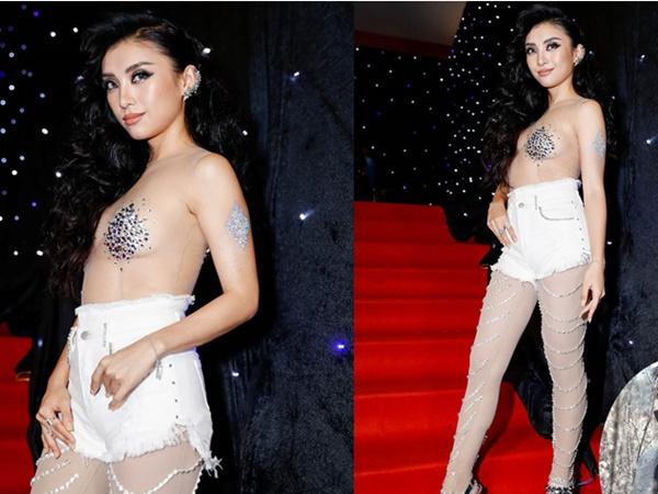 Cháu gái Lam Trường gây sốc với bộ đồ phản cảm, 'mặc như không mặc' trên thảm đỏ