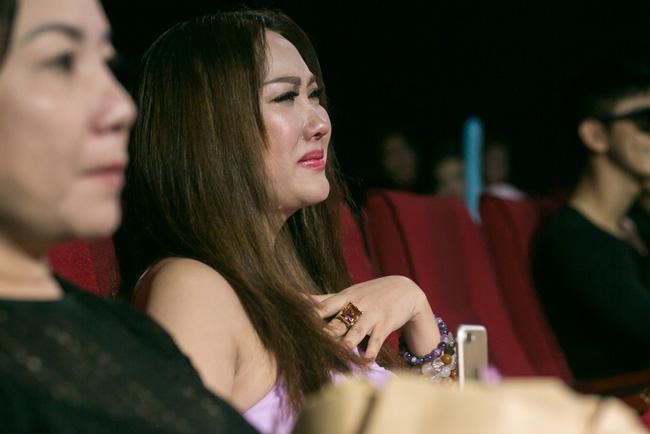 Phi Thanh Vân khóc nghẹn nhận là em gái, viết tâm thư cho nghệ sĩ ưu tú Thanh Hoàng - Ảnh 2