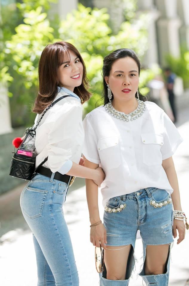 Cùng diện một kiểu quần áo nhưng sao Phượng Chanel và Ngọc Trinh lại khác nhau 'một trời một vực' thế này! - Ảnh 4