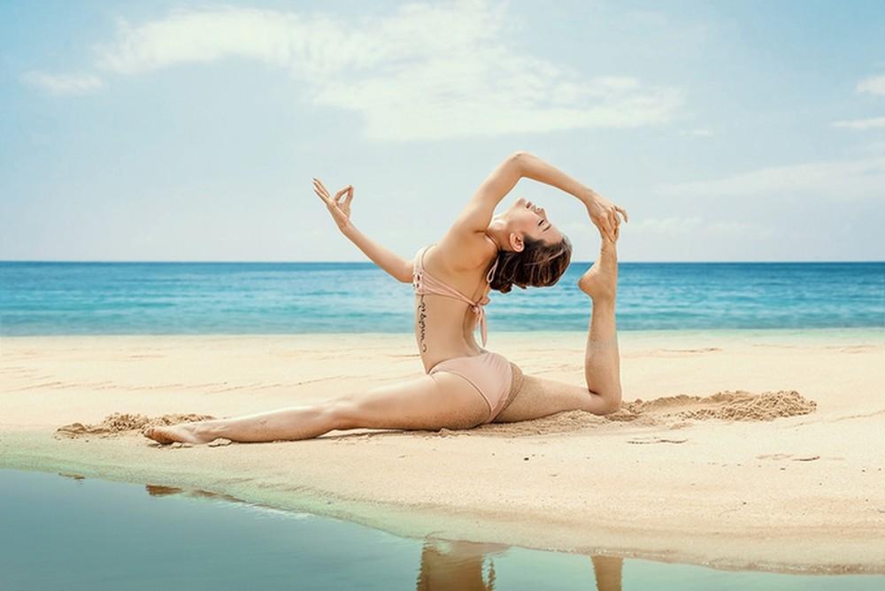 Phương Trinh Jolie đăng ảnh tập yoga nhưng ai cũng phải đỏ mặt vì điều này - Ảnh 7