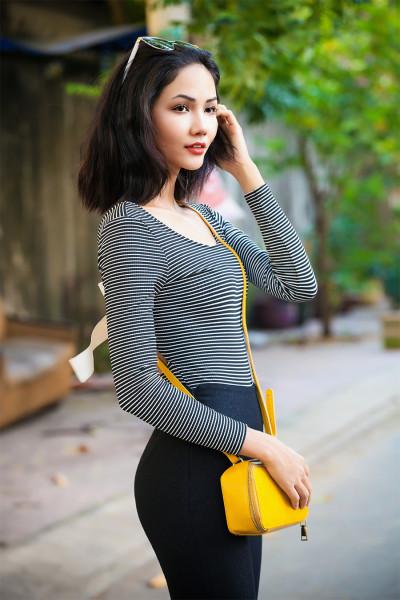 Bất ngờ với vẻ đẹp nữ tính của Hoa hậu H'Hen Niê thời còn để 'tóc thề' ngang vai - Ảnh 2