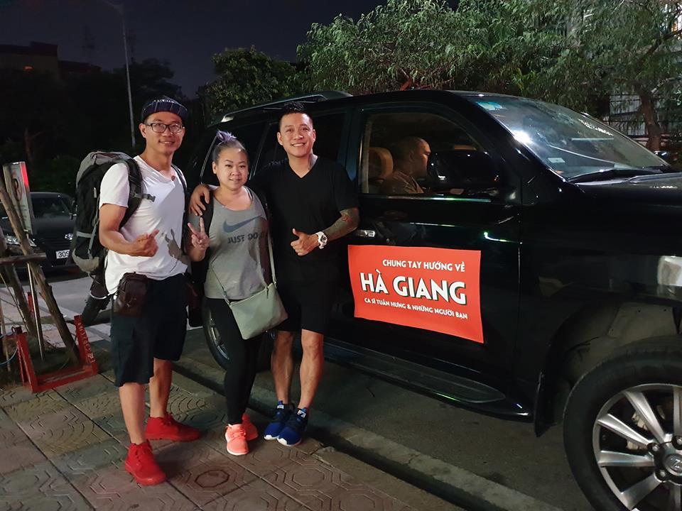 Bùn lún hơn nửa bánh xe, Tuấn Hưng cùng bạn bè vẫn lên Hà Giang giúp đỡ đồng bào trong đêm - Ảnh 8