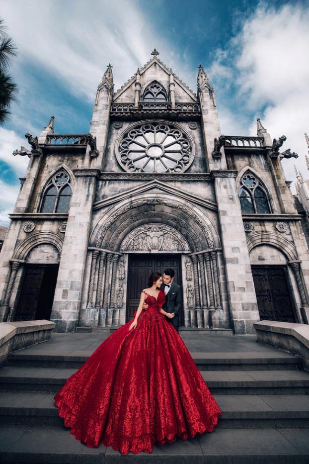 Hé lộ bộ ảnh cưới đẹp như ngôn tình của Ưng Hoàng Phúc và Kim Cương sau hai năm chung sống - Ảnh 12
