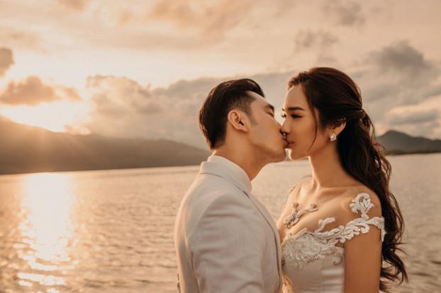 Hé lộ bộ ảnh cưới đẹp như ngôn tình của Ưng Hoàng Phúc và Kim Cương sau hai năm chung sống - Ảnh 2