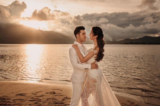Hé lộ bộ ảnh cưới đẹp như ngôn tình của Ưng Hoàng Phúc và Kim Cương sau hai năm chung sống - Ảnh 3