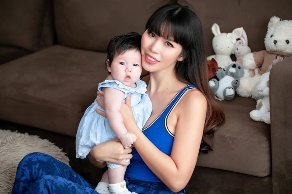 Con gái Hà Anh càng lớn càng bụ bẫm khiến nhiều bà mẹ bỉm sữa ghen tỵ - Ảnh 12