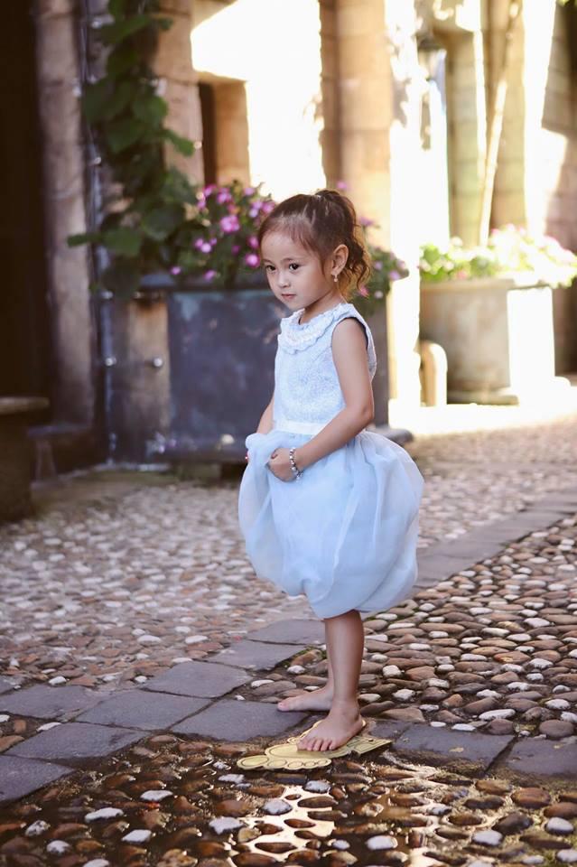 Ngẩn ngơ ngắm vẻ đẹp như thiên thần của con gái Hà Kiều Anh, được dự đoán là Hoa hậu tương lai - Ảnh 6