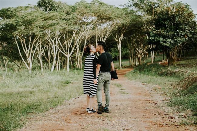 Khánh Thi - Phan Hiển hôn nhau đắm đuối sau ồn ào trục trặc tình cảm - Ảnh 4