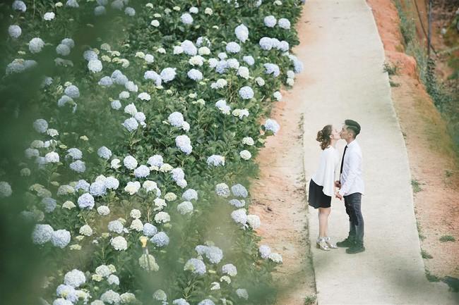 Khánh Thi - Phan Hiển hôn nhau đắm đuối sau ồn ào trục trặc tình cảm - Ảnh 5