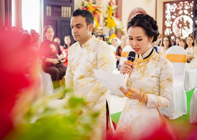 Ghen tỵ với loạt ảnh Võ Hạ Trâm đeo vàng nặng nhức cả cổ và tay trong ngày kết hôn với chồng Ấn Độ - Ảnh 7