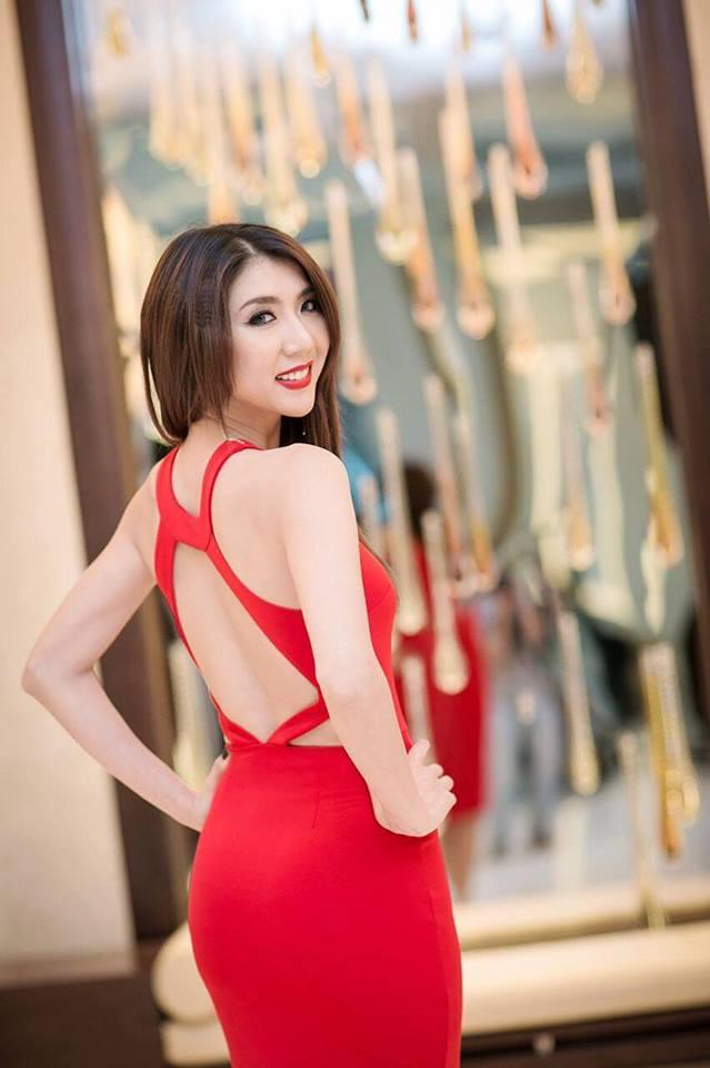 Cận cảnh vẻ đẹp siêu gợi cảm của Ngọc Quyên sau khi ly hôn chồng Việt kiều - Ảnh 6