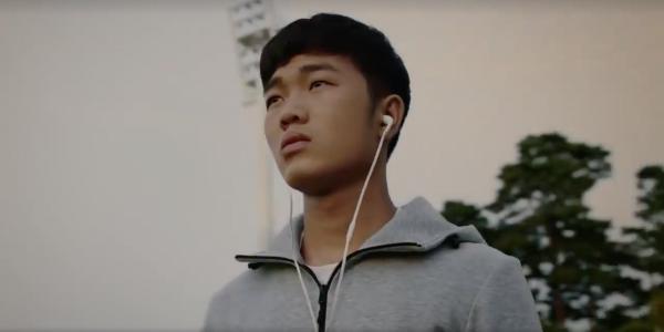 Mỹ nam mắt híp Xuân Trường 'đốn gục' hàng triệu cô gái với clip quảng cáo 'chất đừng hỏi' - Ảnh 1