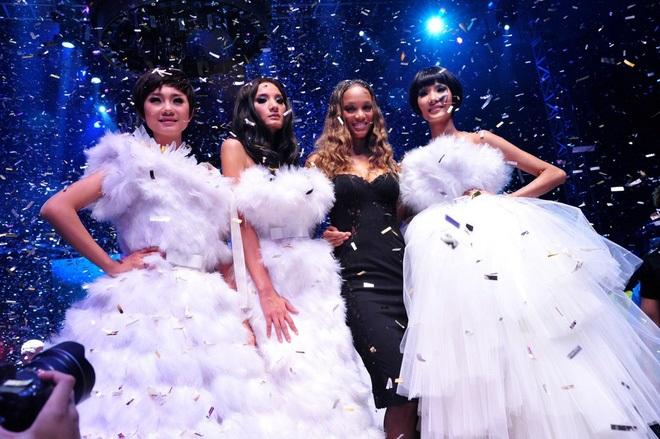 Không chỉ thi Hoa hậu Hoàn vũ, Hoàng Thùy và Mâu Thủy còn có nhiều điểm chung đến không ngờ! - Ảnh 6