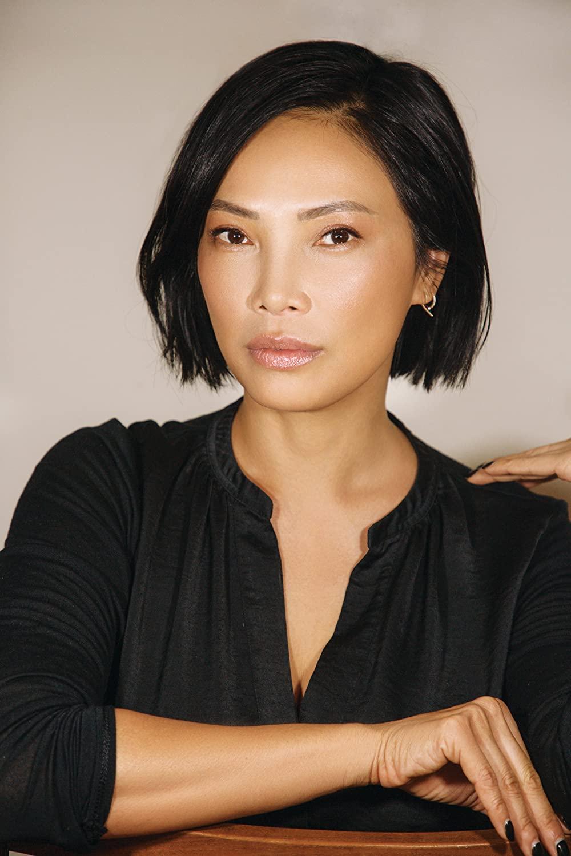 Siêu mẫu gốc Việt từng là bạn diễn của Chương Tử Di: Từ cô bé tự ti đến nàng mẫu tỏa sáng rực rỡ tại show Chanel - Ảnh 9