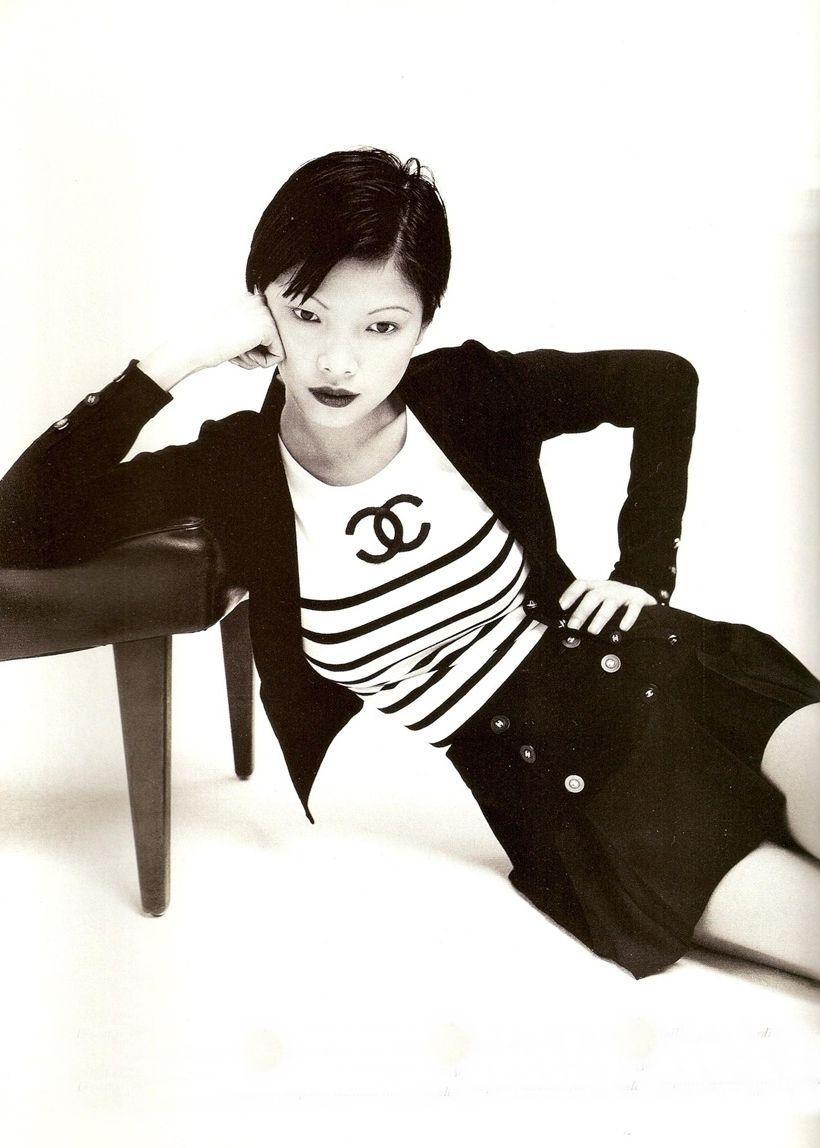 Siêu mẫu gốc Việt từng là bạn diễn của Chương Tử Di: Từ cô bé tự ti đến nàng mẫu tỏa sáng rực rỡ tại show Chanel - Ảnh 10