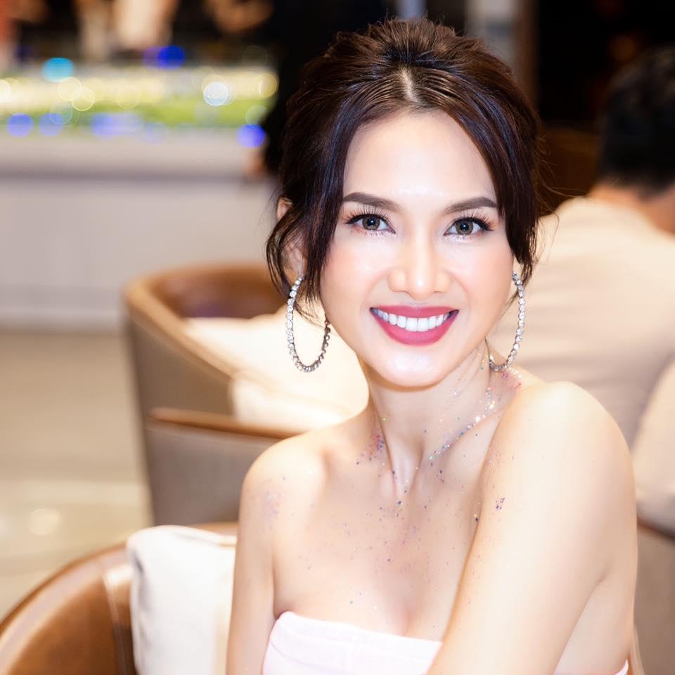 Một người mẫu bất ngờ 'van xin' bà Nguyễn Phương Hằng giữa bão tố sao Vbiz bị chỉ trích dữ dội - Ảnh 2