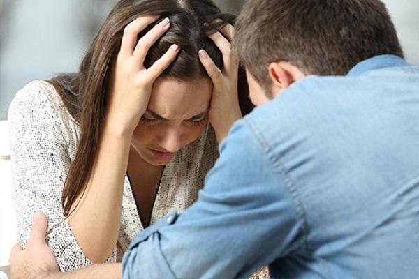 Mắc kẹt trong mối quan hệ độc hại vì không vượt qua được 5 điều này - Ảnh 2