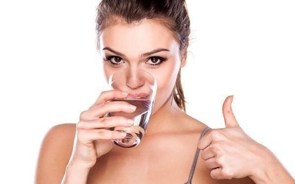 Mùa nắng nóng nên uống nước gì, uống như thế nào cho tốt? - Ảnh 1
