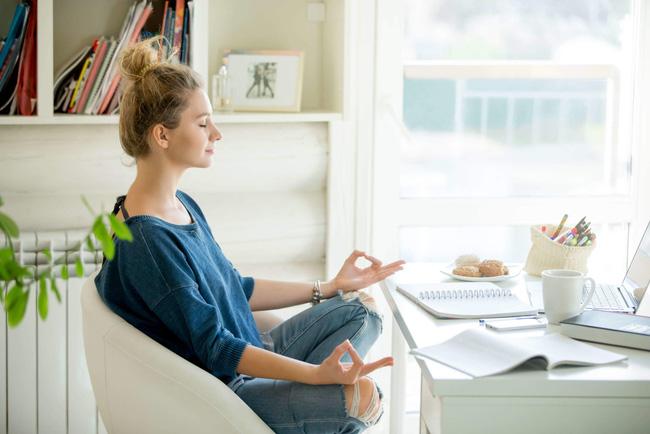 5 cách chống lo âu, buồn chán, nói không với trầm cảm trong mùa dịch, cái đầu tiên rất dễ nhưng ít ai chú trọng - Ảnh 2