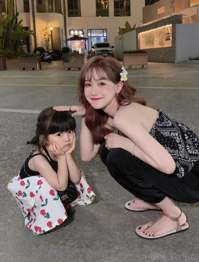 'Gia sư toàn phần' cho con cái giới siêu giàu ở Trung Quốc: Ngoại hình trẻ đẹp chuẩn gu chủ, học thức có thừa vẫn bị mất việc vì 1 quả trứng gà - Ảnh 2