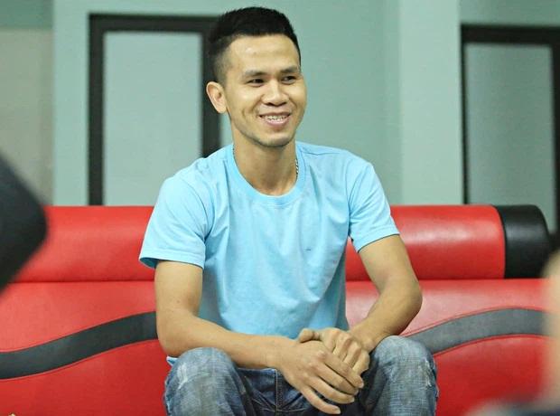 Trấn Thành chuyển thẳng 10 triệu đồng cho 'người hùng' Nguyễn Ngọc Mạnh, mong CĐM ngừng phán xét - Ảnh 1