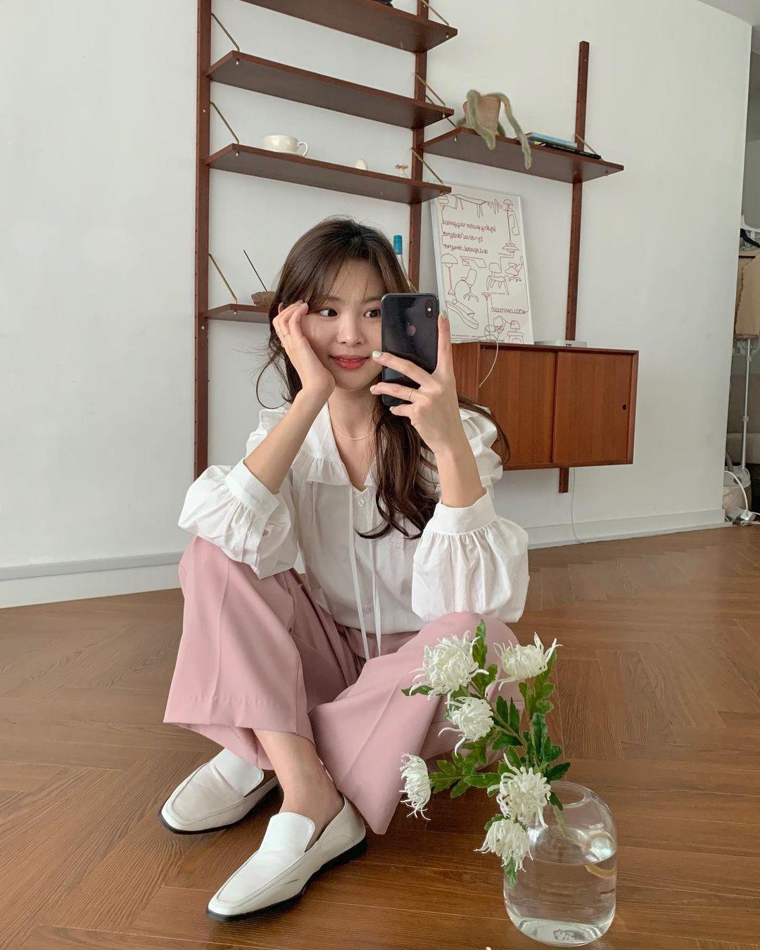 5 mẫu giày dép gái Hàn đang chuộng mix với quần âu để sang chảnh hóa cả set đồ công sở - Ảnh 13