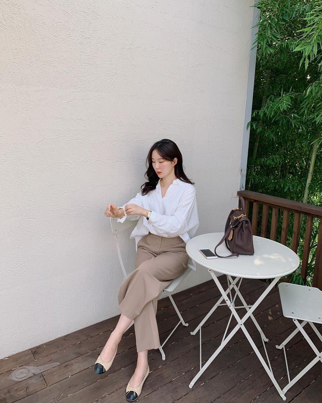 5 mẫu giày dép gái Hàn đang chuộng mix với quần âu để sang chảnh hóa cả set đồ công sở - Ảnh 8