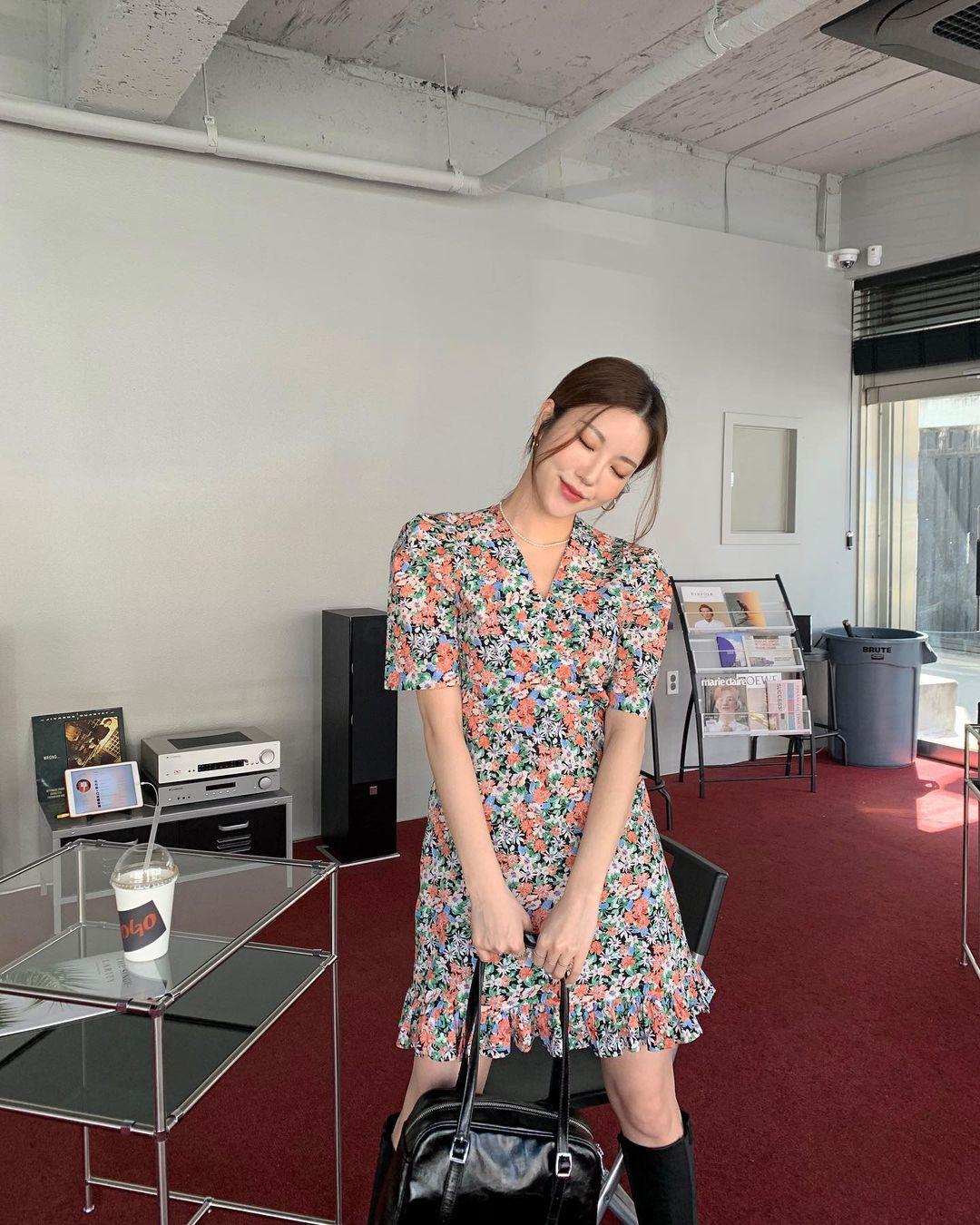 3 mẫu váy trẻ trung và ăn ảnh hơn cả váy trắng, ngắm là muốn 'hốt' trọn về nhà - Ảnh 10