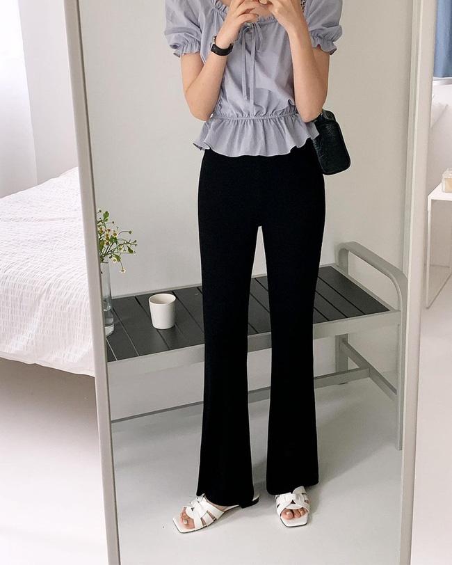 Gái Hàn chuyên diện quần đen đơn giản nhưng luôn đạt điểm 10 sành điệu nhờ loạt cách mix 'cao tay' - Ảnh 5