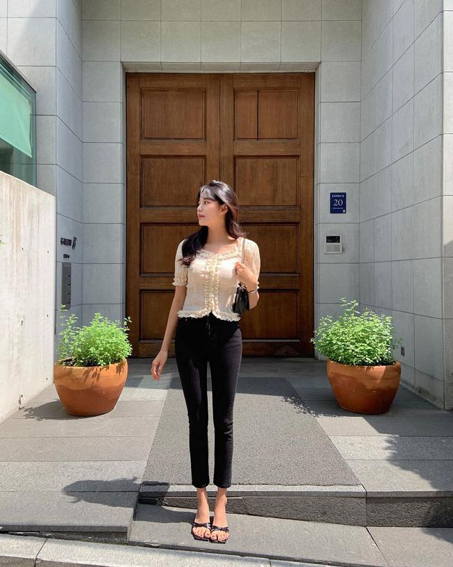 Gái Hàn chuyên diện quần đen đơn giản nhưng luôn đạt điểm 10 sành điệu nhờ loạt cách mix 'cao tay' - Ảnh 8