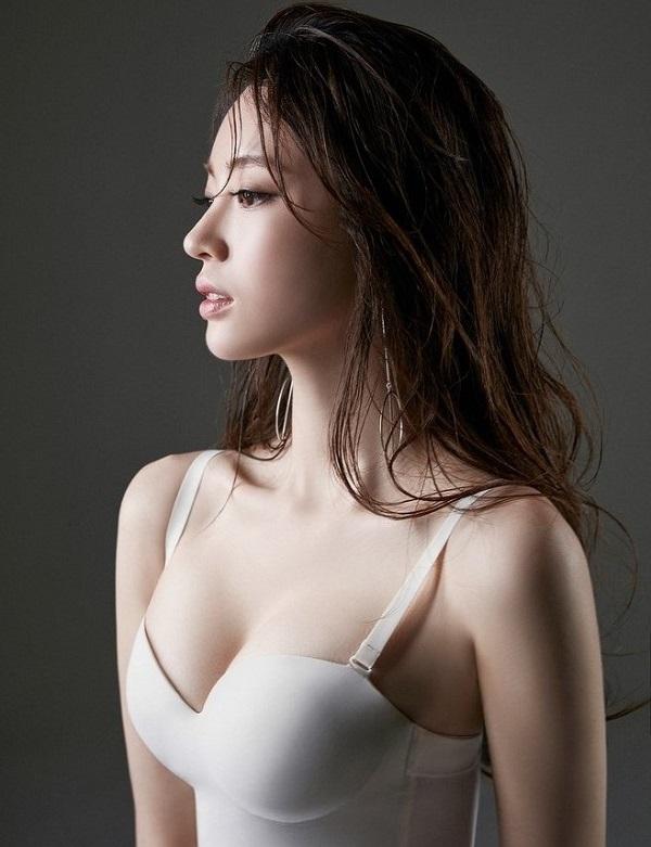 Sau nâng ngực mà bỏ qua lưu ý này, chị em dễ gặp biến chứng khiến công cuộc nâng cấp vòng 1 'đi tong' - Ảnh 2