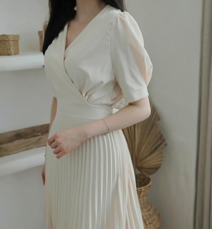 Diện váy trắng là trẻ xinh nhất, nhưng nhìn bộ váy mà Yoona diện thì nên suy nghĩ lại - Ảnh 5
