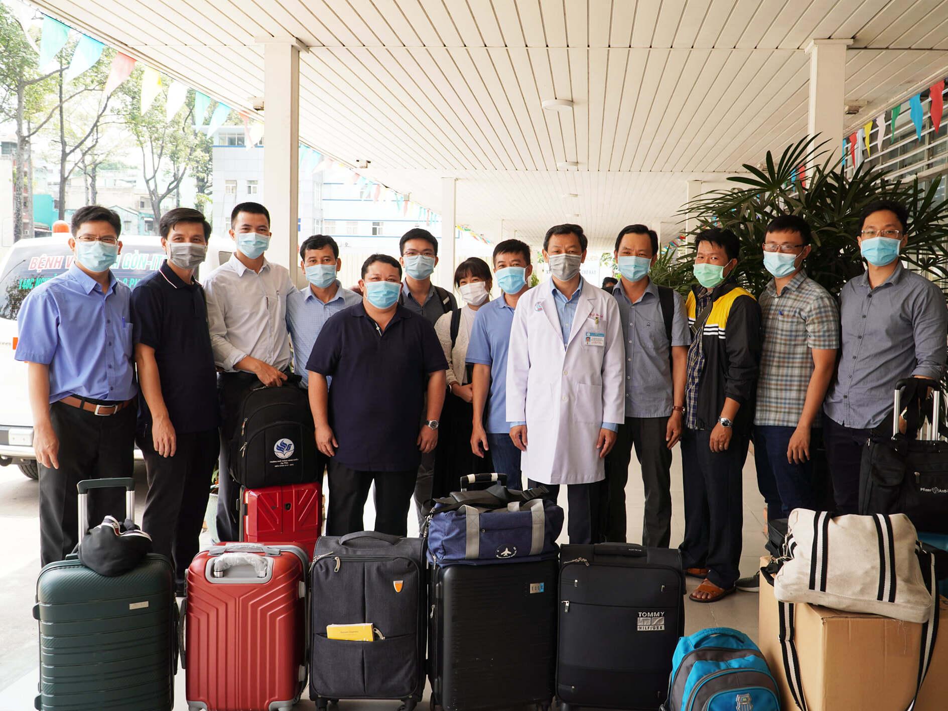 Bác sĩ Bệnh viện Chợ Rẫy đến Kiên Giang, tăng cường lá chắn chống dịch Covid-19